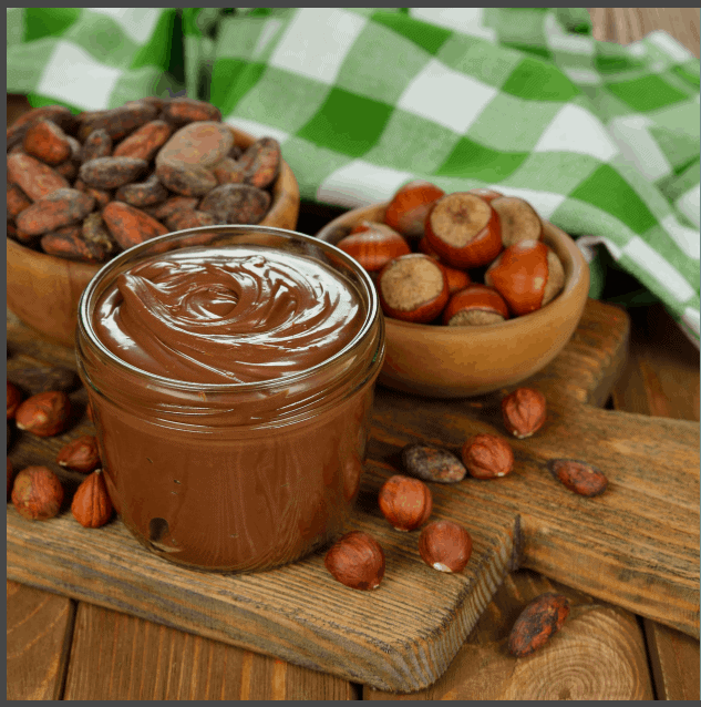 מצה עם ממרח שוקולד (יותר בריא כמובן!)