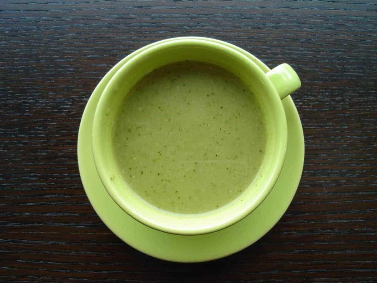 מתכון למרק קישואים כאילו מוקרם קל וטעים בטירוף!