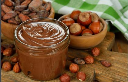 איך להכין ממרח שוקולד נוטלה קצת יותר בריא..